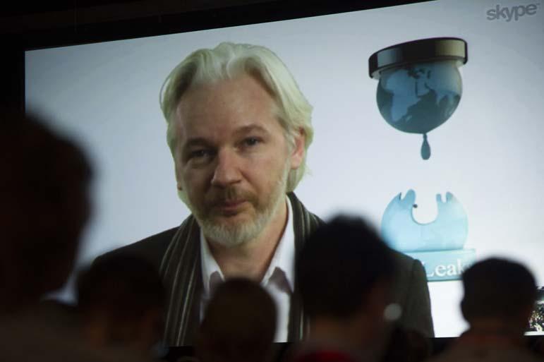 Julian Assange fails the smell test