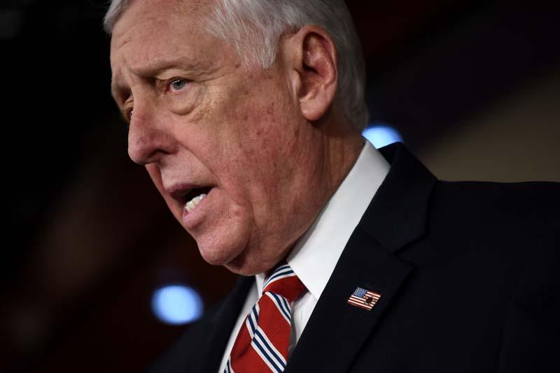 Hoyer delivers strong defense of US-Israel alliance in veiled rebuke of Muslim Dem pol Omar